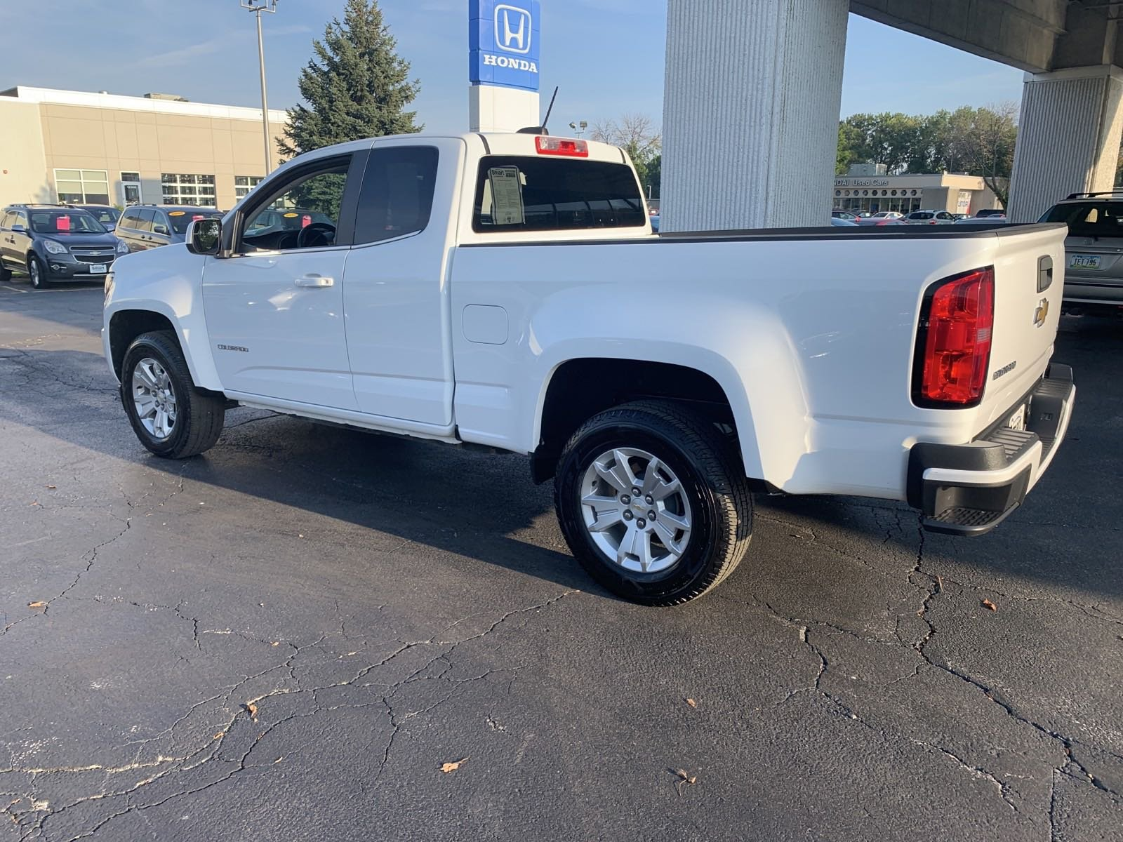 Pre-Owned 2015 Chevrolet Colorado 2WD LT