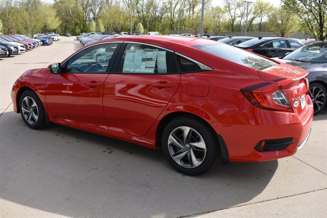New 2019 Honda Civic Sedan LX