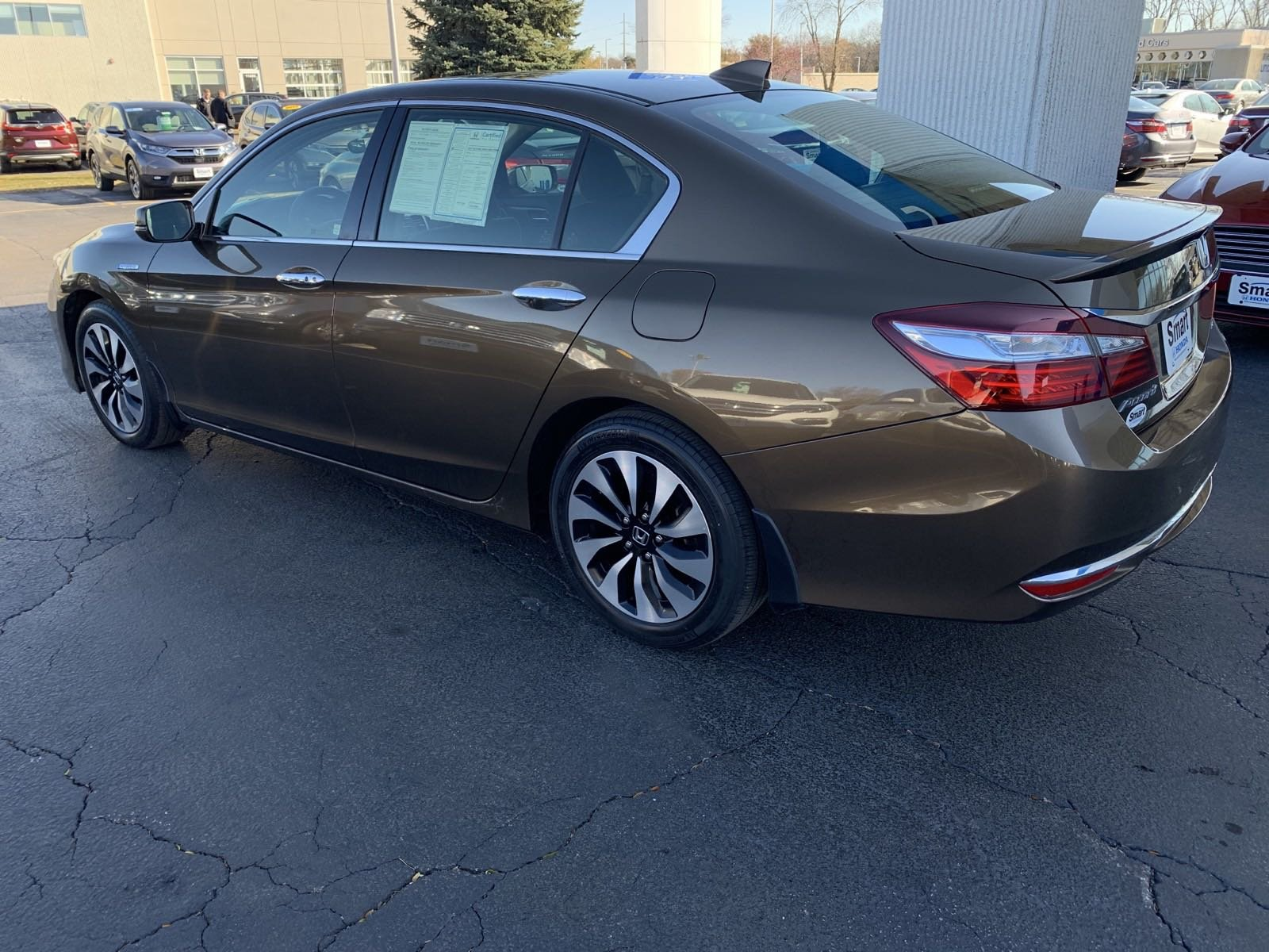 Certified Pre-Owned 2017 Honda Accord Hybrid Hybrid